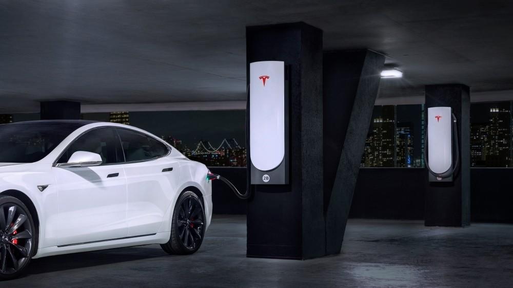 Superładowarka Miejska Tesla