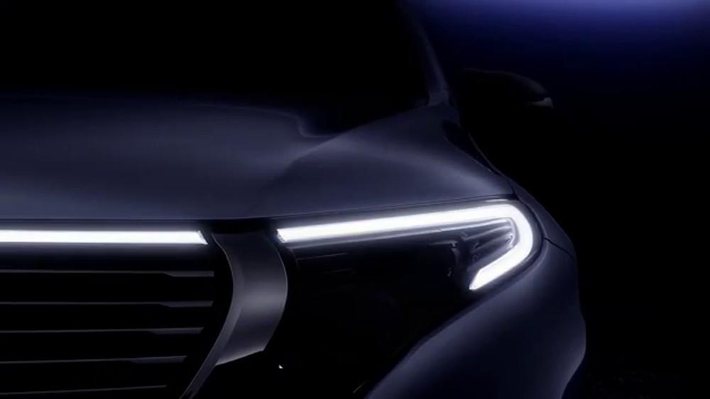 Mercedes_Benz_EQC_teaser