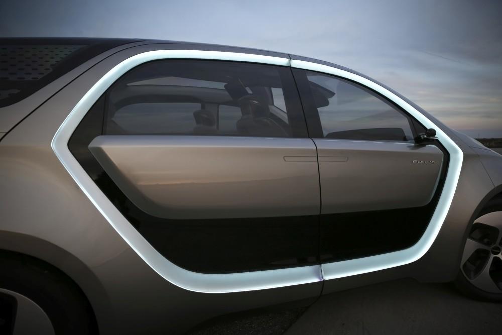 Chrysler Portal koncept - bok oswietlenie