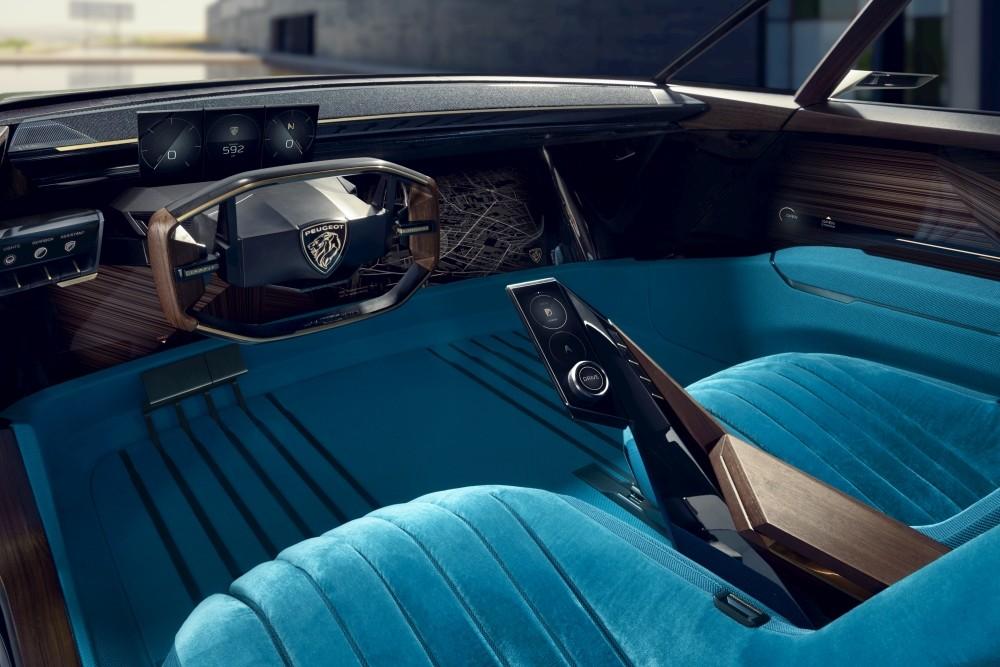 Elektryczny Peugeot e-Legend Concept - wnętrze