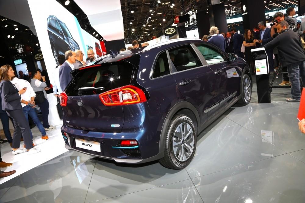 Samochód elektryczny Kia e-Niro - tył