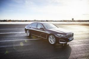 BMW 745Le - galeria