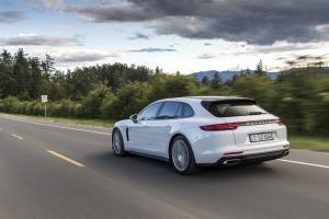 Porsche Panamera 4 E-Hybrid Sport Turismo - galeria