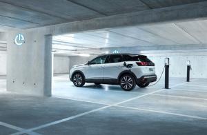 Peugeot 3008 Hybrid4 - galeria