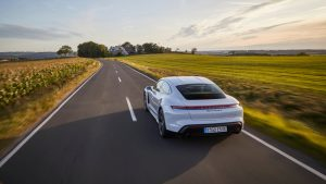 Porsche Taycan Turbo S - galeria